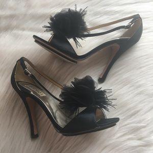 Badgley Mischka kiwi heels feather flower black 9